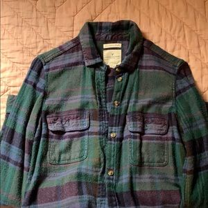 American Eagle flannel button down shirt